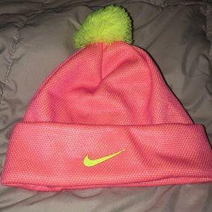 Nike Youth Beenie!!